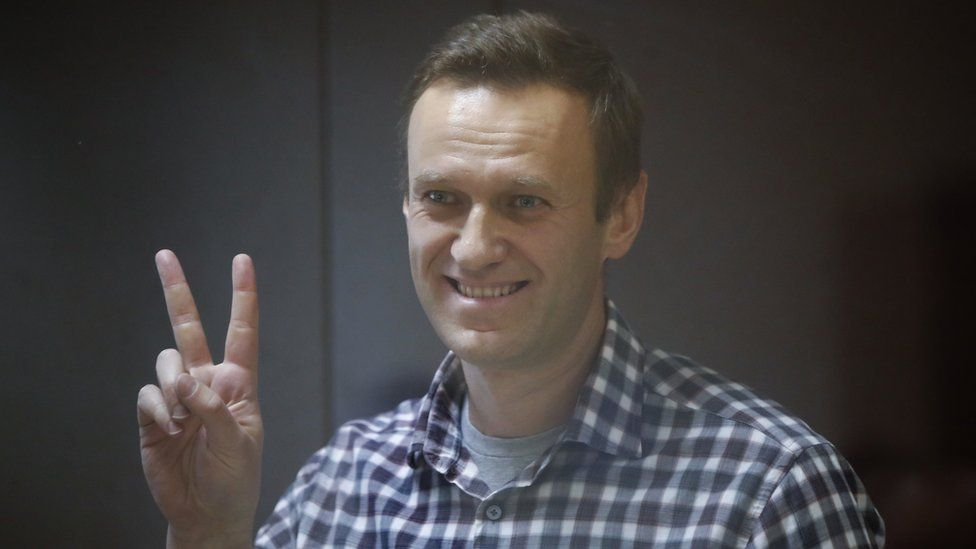 Navalny support network ordered to stop Russia-wide activities thumbnail