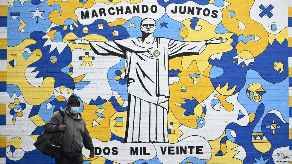 Mural depicting Marcelo Bielsa