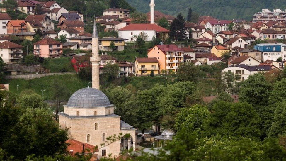 A view of the mosque and the town