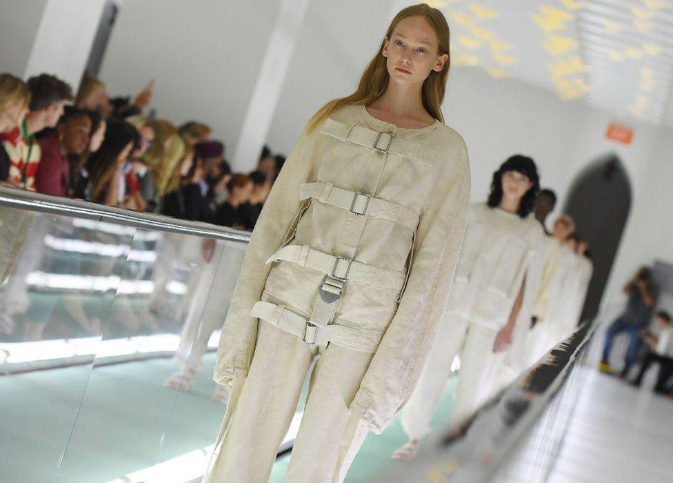 Gucci Model Donates Catwalk Fee To Mental Health Charities Bbc News