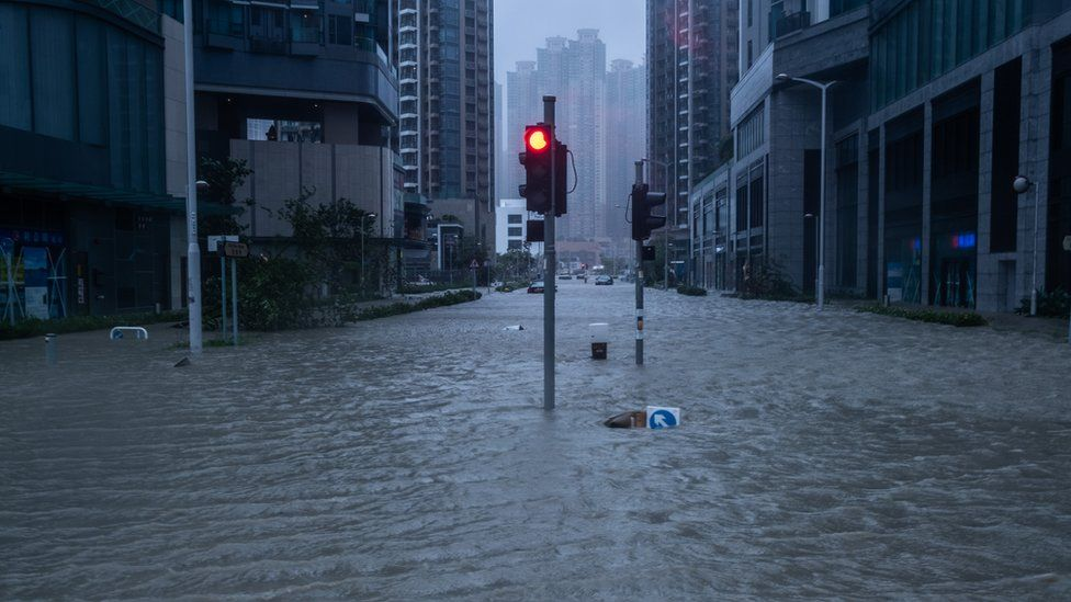 A Hong Kong streets filled with knee-deep water