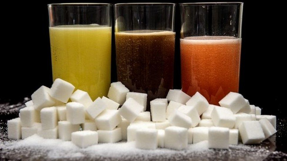 Soft drinks and sugar cubes