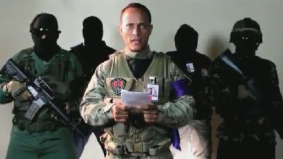 Man identifying himself as Oscar Pérez makes statement
