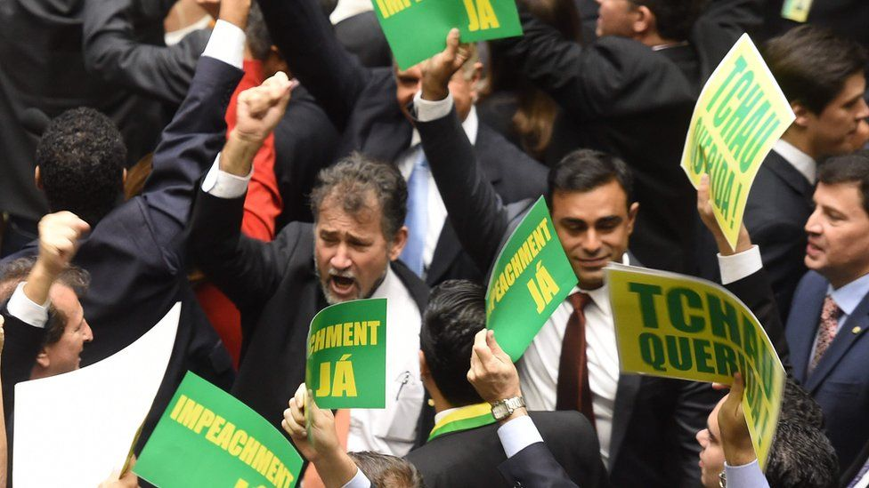 Lower house members who support the impeachment during a session to review the request for President Dilma Rousseff's impeachment, 15 April 2016.