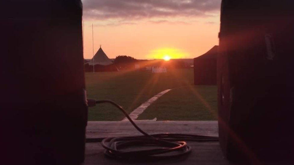 A sunset at the Fudstock stage