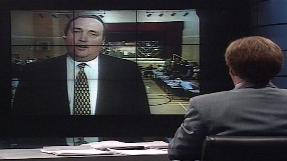 John Meredith in Carmarthen speaking to Dewi Llwyd in the BBC's Cardiff studio on the night the 1997 Welsh devolution referendum votes were counted