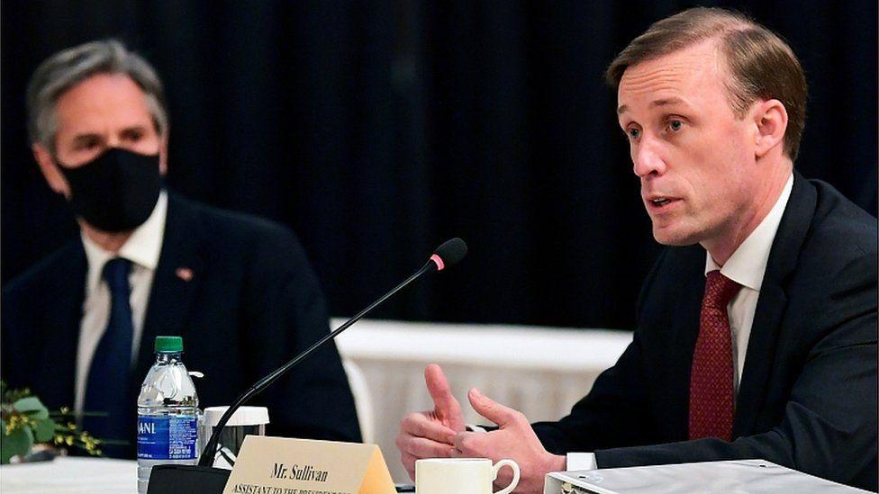 Jake Sullivan (R) speaks as Secretary of State Antony Blinken looks on at the Alaska talks. 18 March 2021