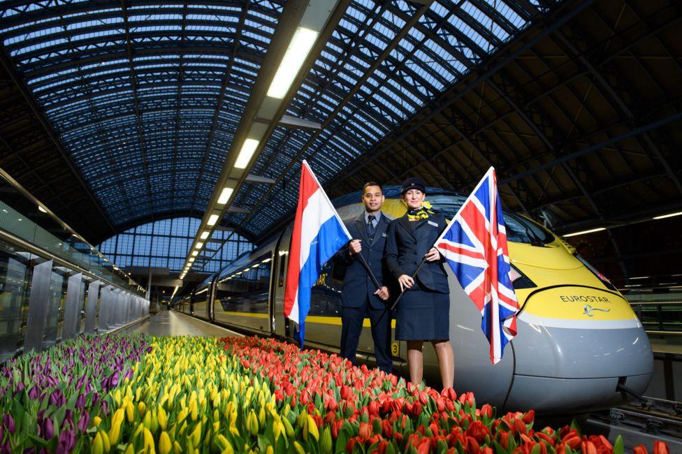 圣潘克拉斯开往阿姆斯特丹的欧洲之星整装待发
