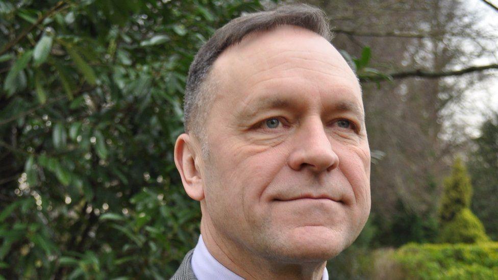 Keith Hunter