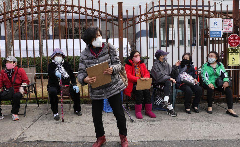 Californians queue for vaccine