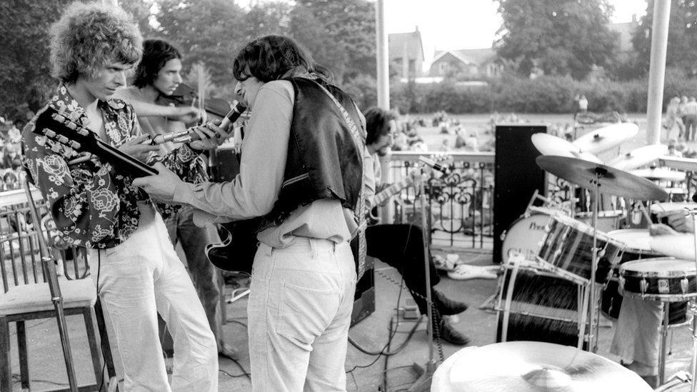 David Bowie's Beckenham bandstand gets Grade II listed status