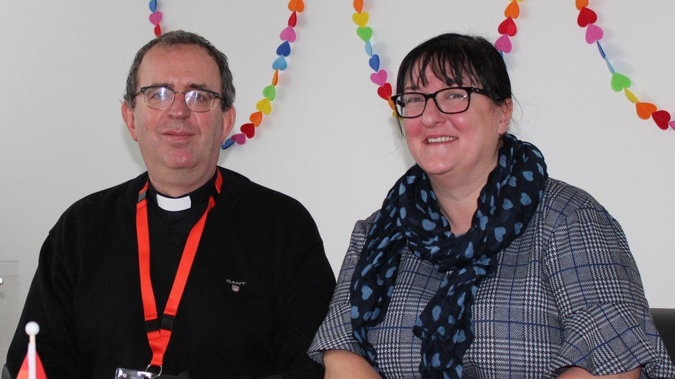The Reverend Richard Coles with Lisa Cairns, the acting director of nursing, at St Andrew's Healthcare
