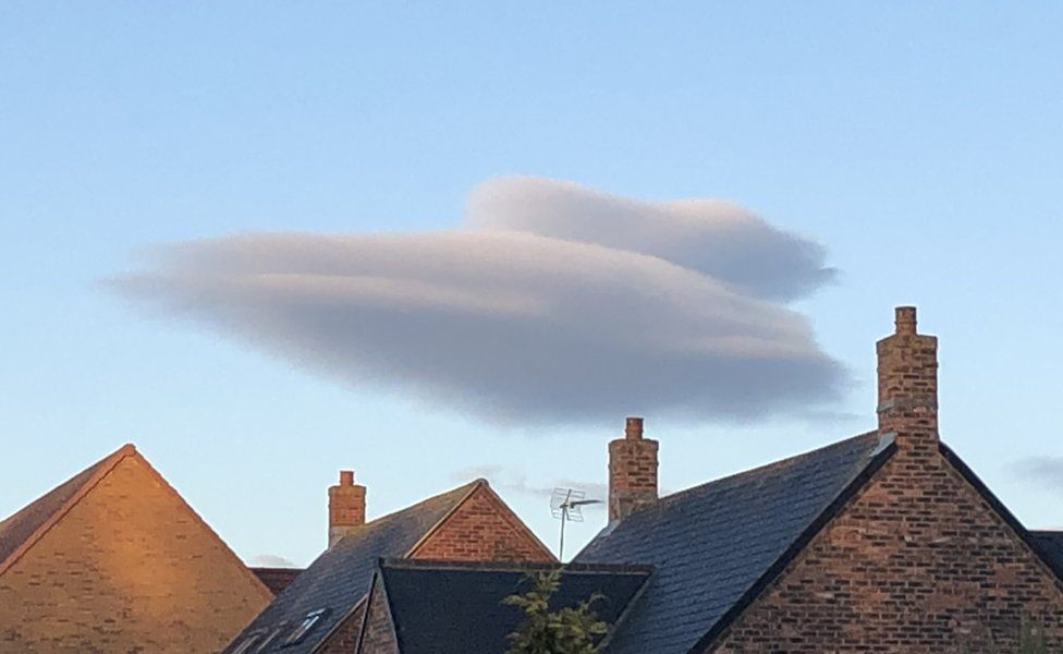 Cloud shaped like an Imperial Cruiser