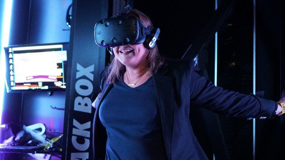 Zoe Kleinman in Black Box VR