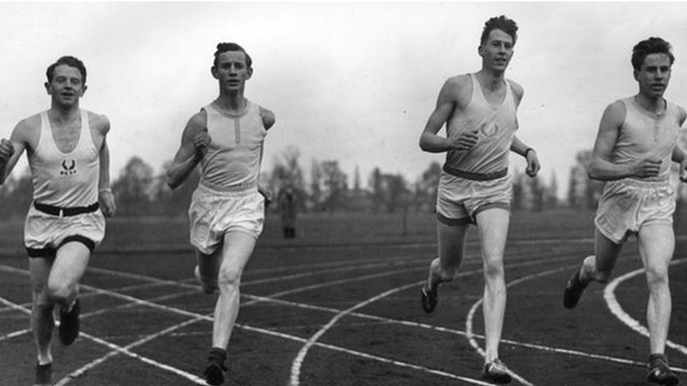 Roger Bannister warming up for the record attempt.