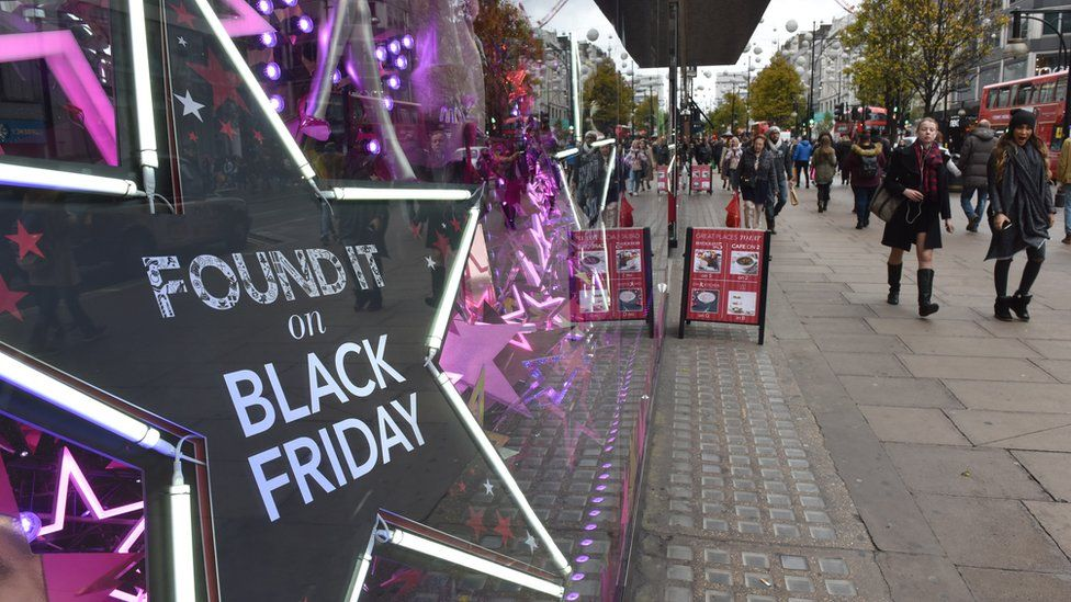 Black Friday advertising in 2015