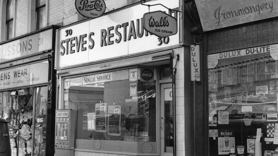 An external shot of Steve's Restaurant in Waterloo, London