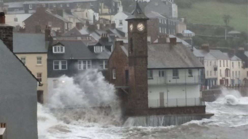 Cornwall takes a battering by Storm Callum