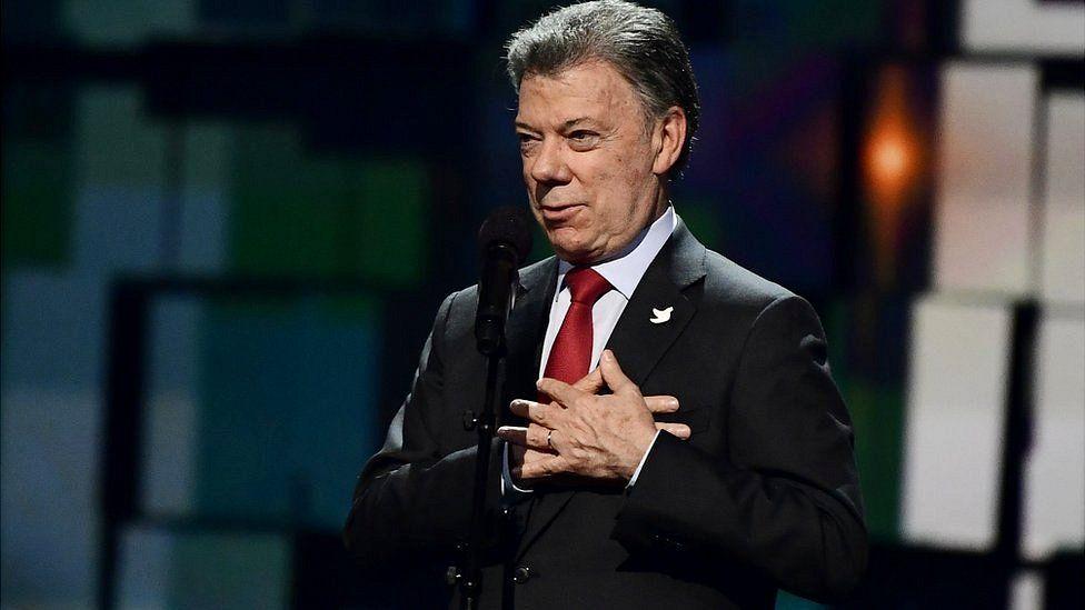 """Proceso de paz en Colombia: """"Es irreversible"""", dice Juan Manuel Santos, expresidente y premio Nobel, en entrevista con BBC Mundo"""