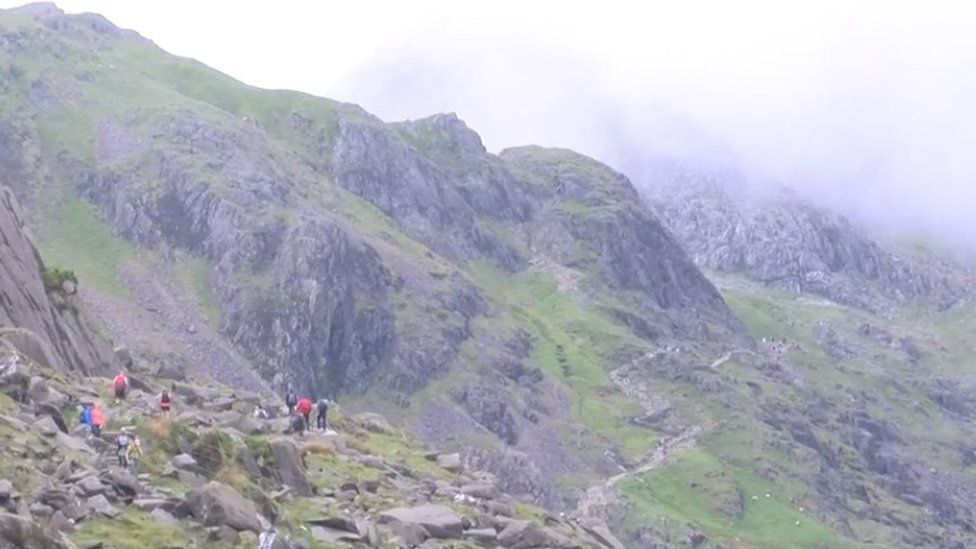 Fell runners en route to Snowdon summit finish line