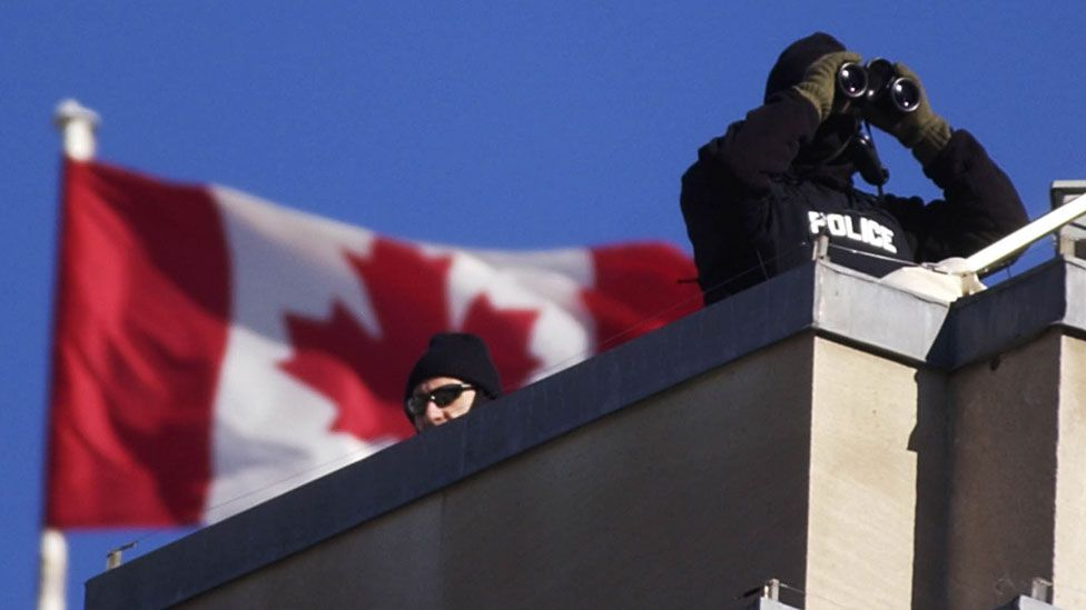 Police on roof