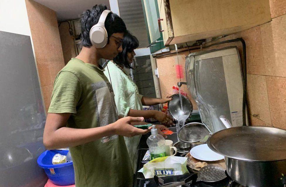 Subarna Ghosh's children