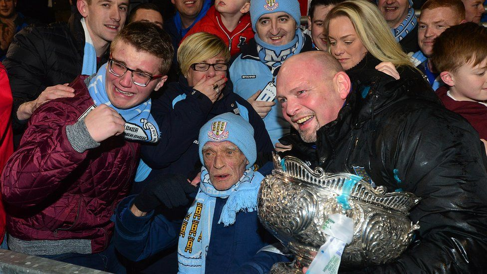 Ballymena United manager David Jeffrey (right) with fan Trevor Burns (centre)