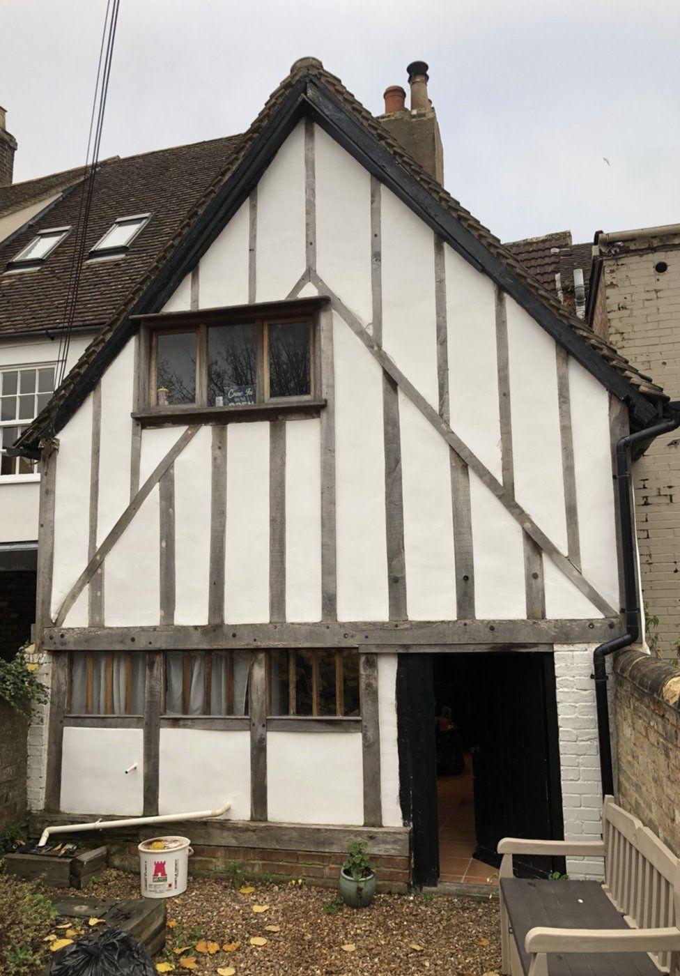 Tudor shop