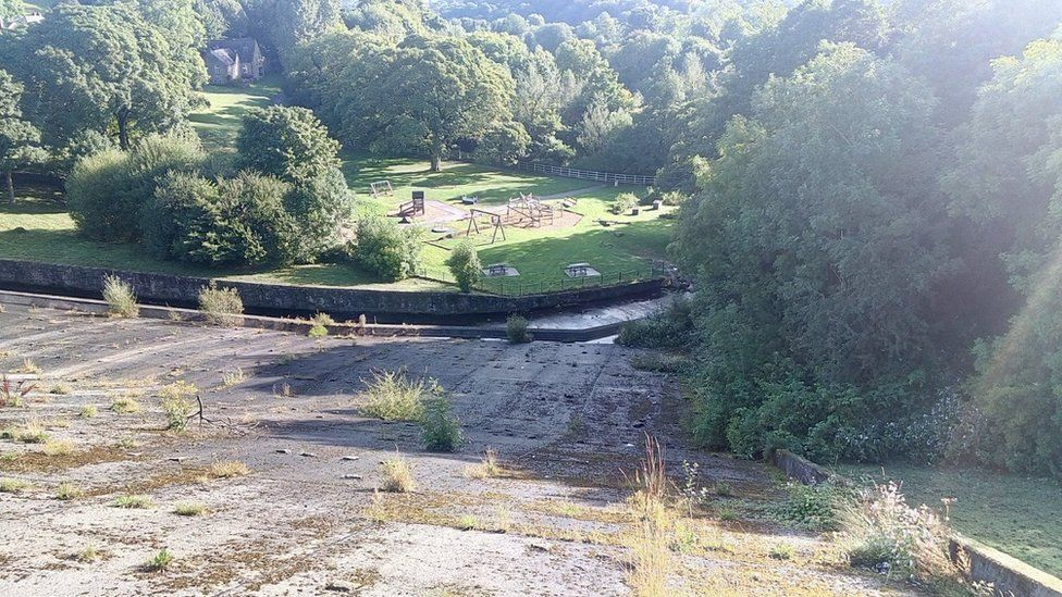 Whaley Bridge: How well was the dam maintained?