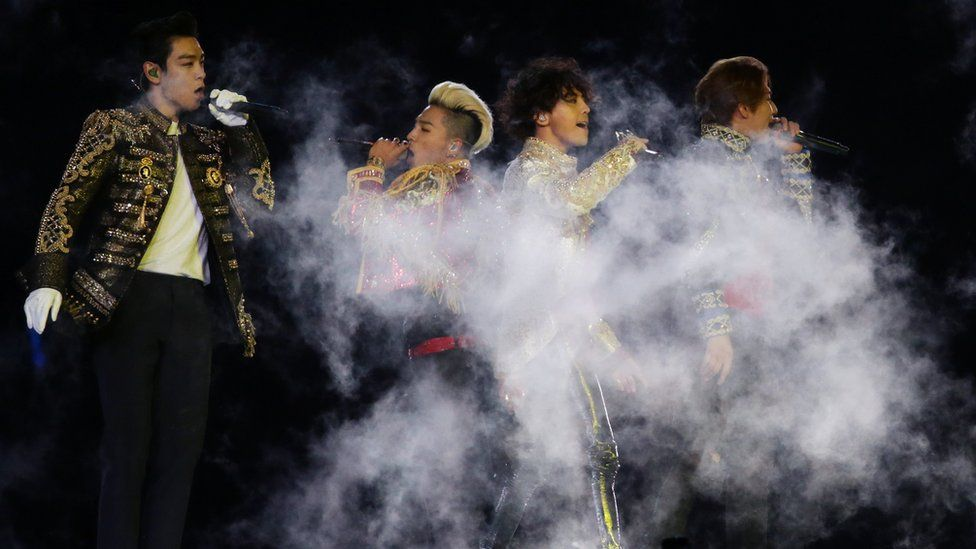 Bigbang perform during the Closing Ceremony of the 2014 Asian Games at Incheon Asiad Stadium on October 4, 2014 in Incheon, South Korea.