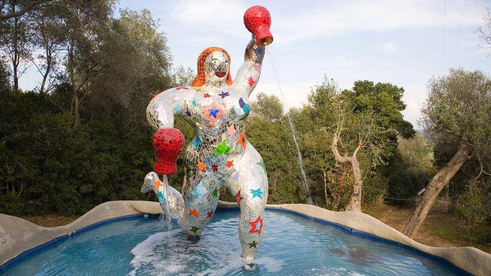 Fountain sculpture by Niki de Saint Phalle in the Tarot sculpture garden in Tuscany
