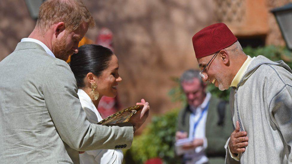 Harry and Meghan meet a metal engraver near the Moroccan capital Rabat