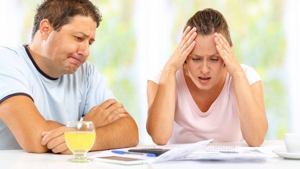 couple discussing money