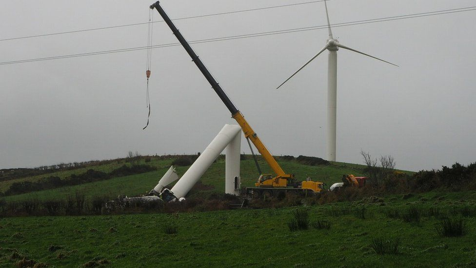 The wind turbine at Ballynahinch, County Down