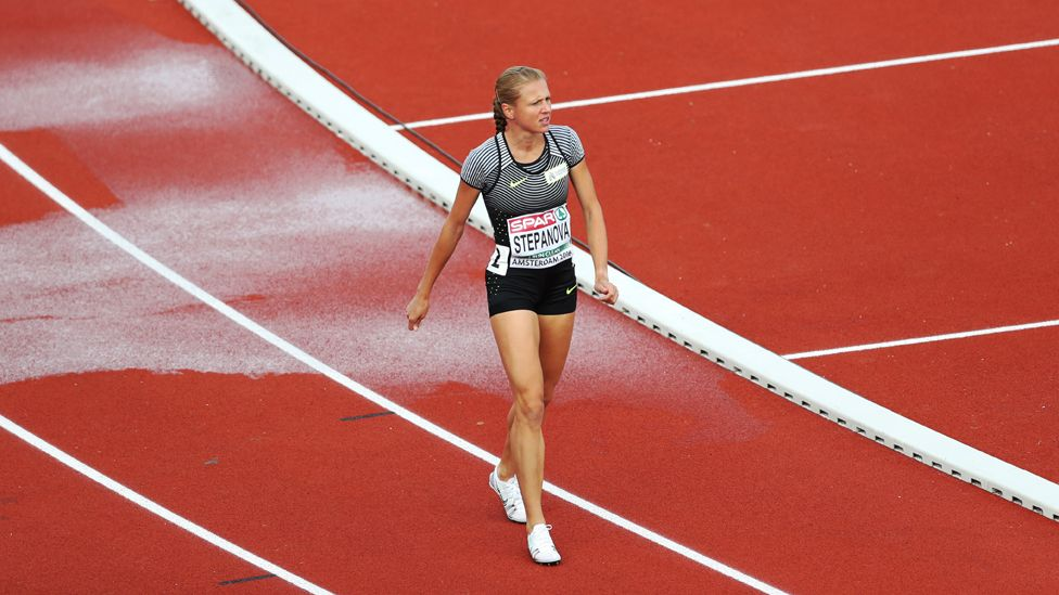 Stepanova walks off the track after her injury at the European Championships