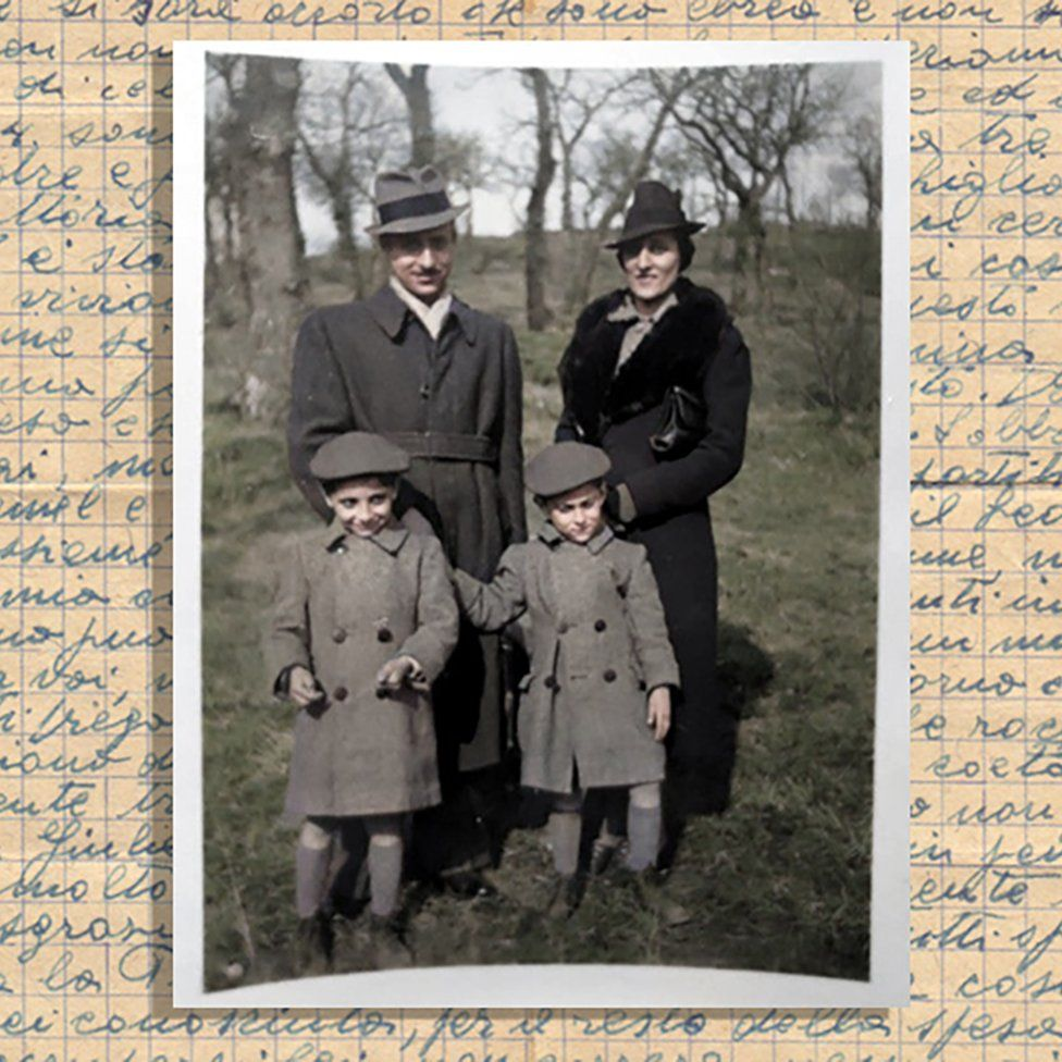 Daniele, Anna, Dario and Vittorio, wearing hats and coats