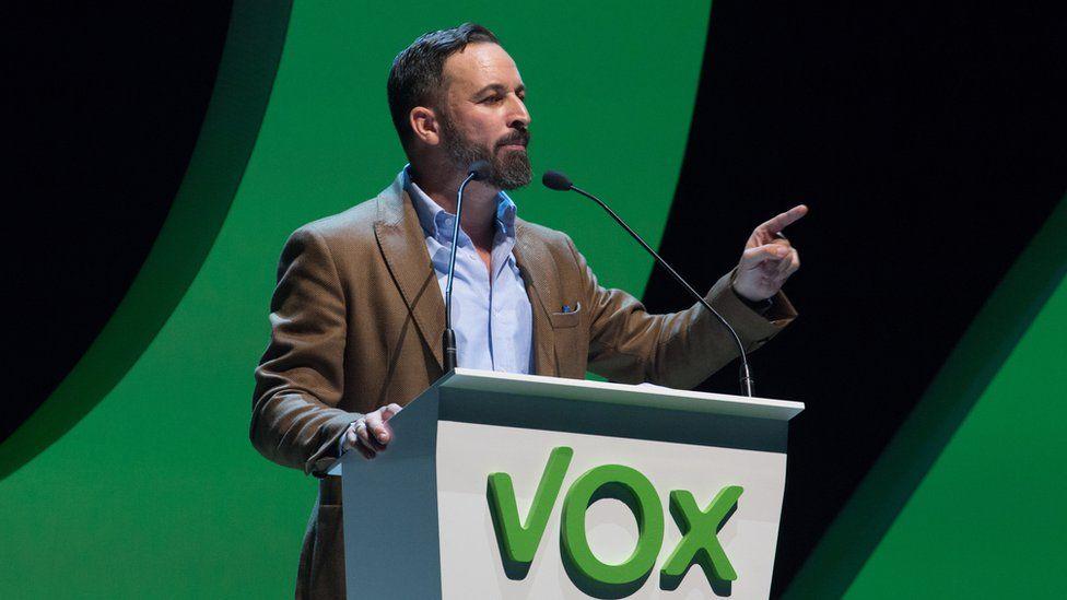 Santiago Abascal speaking in Valencia