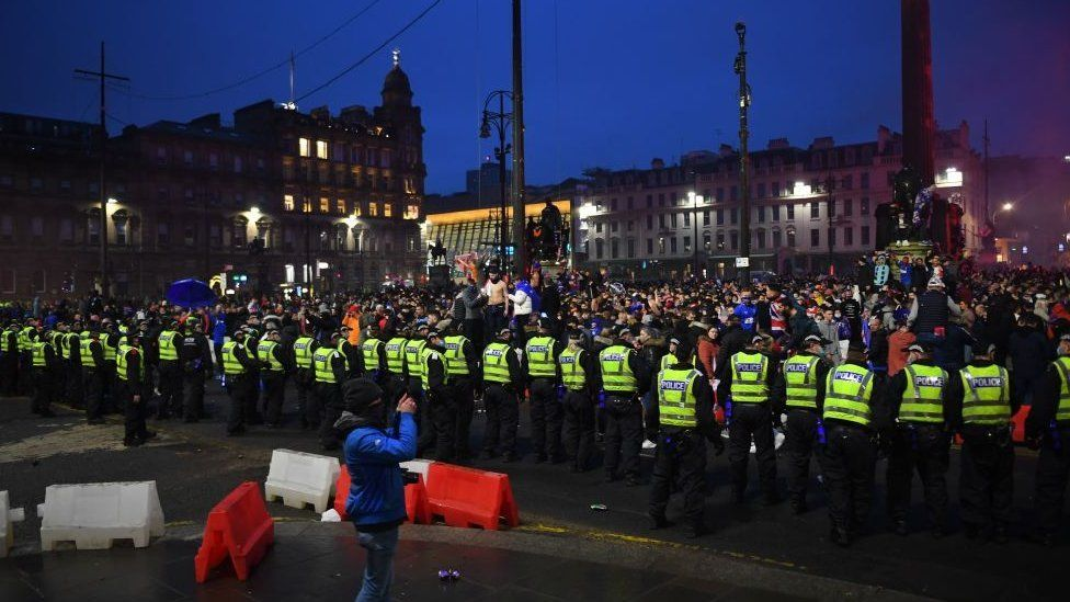 Police containing crowd at George Square
