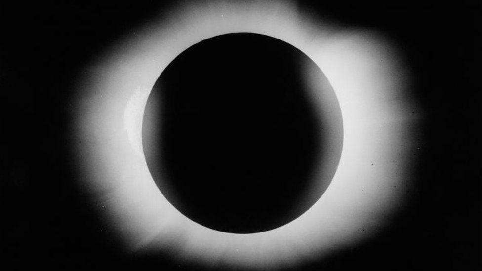 The solar eclipse in 1919. Photo taken by Arthur Eddington