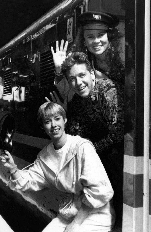 9ab4685d4e1 BBC presenter Dianne Oxberry dies aged 51 - BBC News