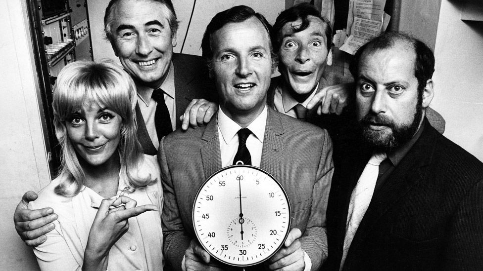 Nicholas Parsons (centre) with Just A Minute guests (L-R) Aimi MacDonald, Peter Jones, Kenneth Williams and Clement Freud in 1971