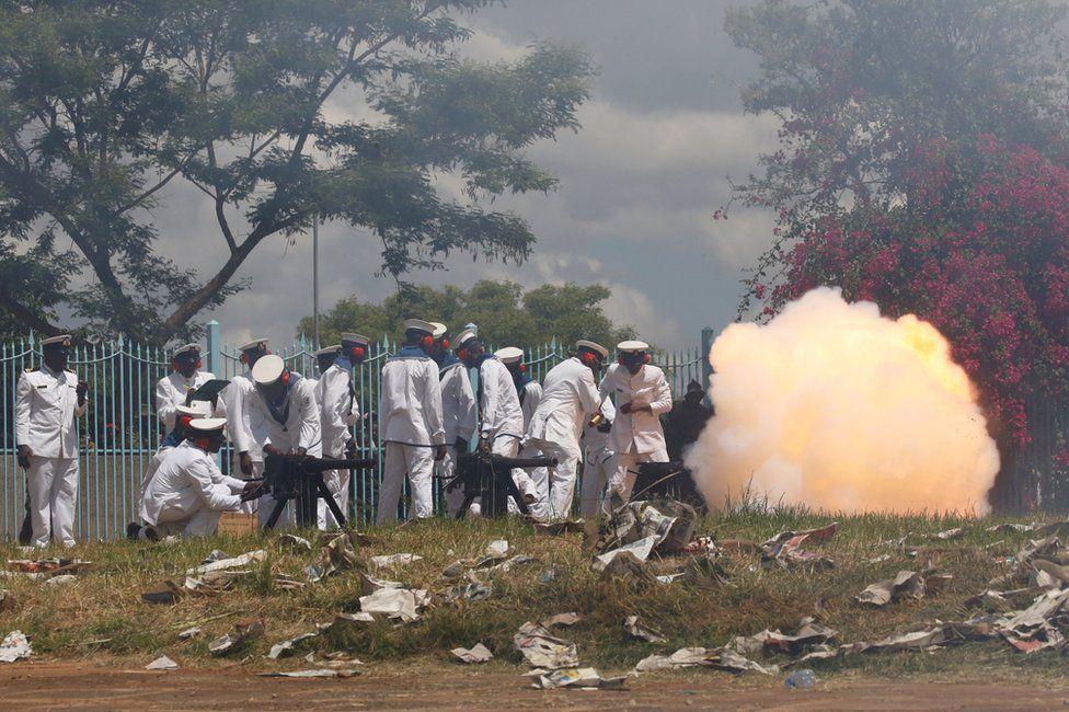 Kenyan military fire a cannon salute in Nairobi, 28 November