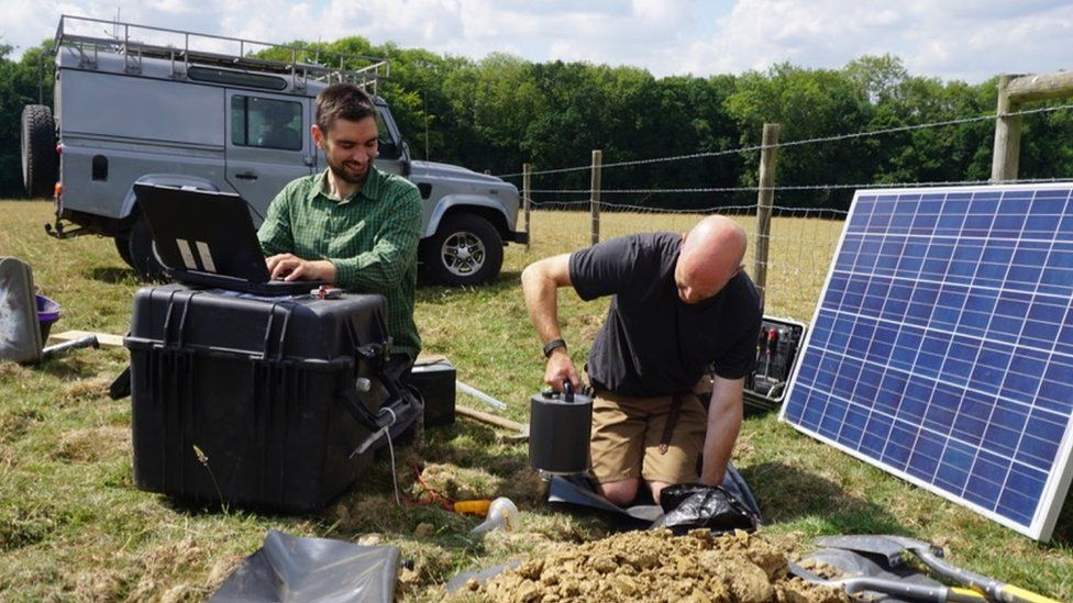 Dr Stephen Hicks from Imperial and Dr David Hawthorn from the BGS installing one of the seismometers