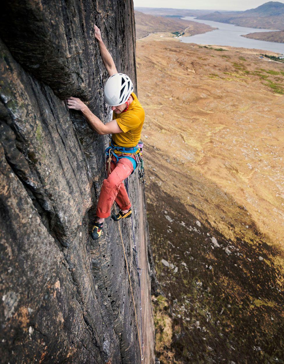Dave Macleod climbing