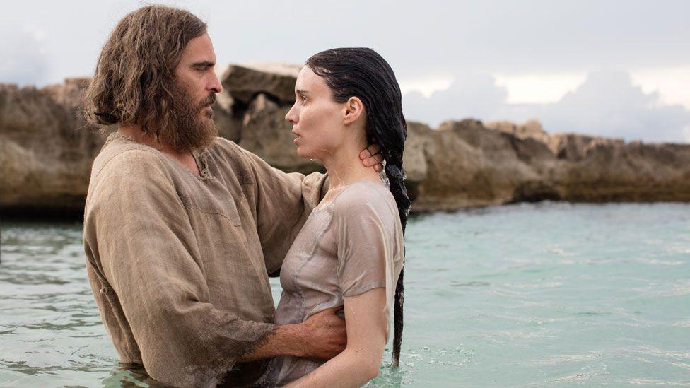 Joaquin Phoenix and Rooney Mara in Mary Magdalene