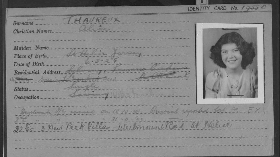 Alice Thaureux's identity card