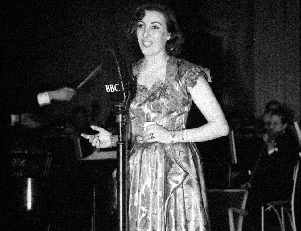Vera Lynn on stage at the Grosvenor House during the National Radio Awards 1949