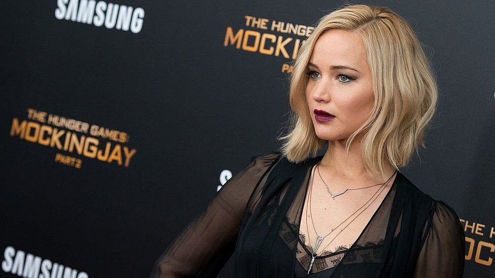 Hunger Games Suzanne Collins Prequel Novel Set For 2020 Bbc News