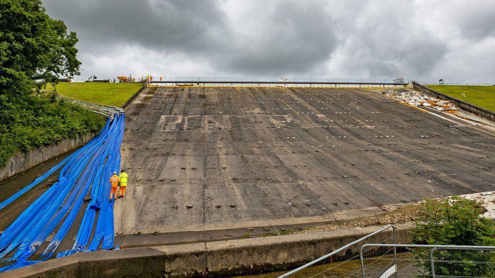 Toddbrook Reservoir dam