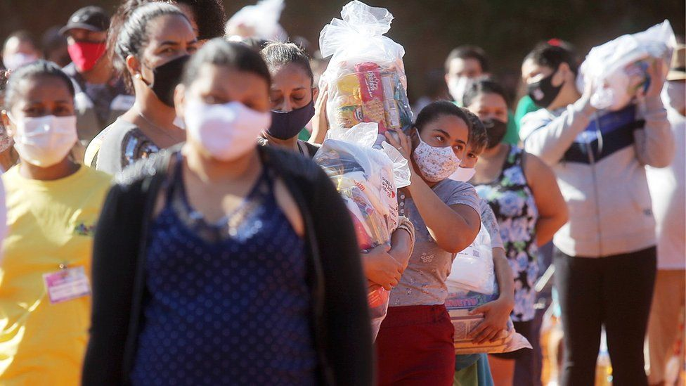 Covid in Brazil: Pandemic meets poverty in growing crisis thumbnail